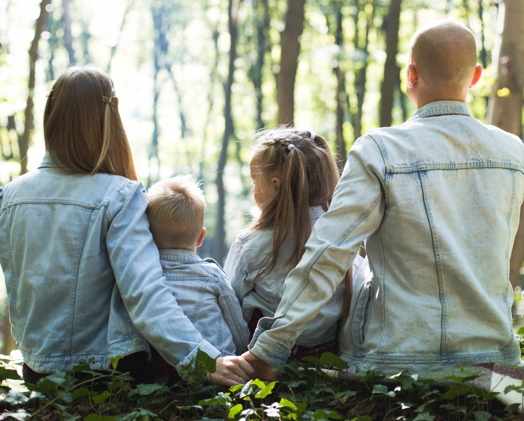 Мама и папа. Как сохранить огонек в отношениях с появлением детей
