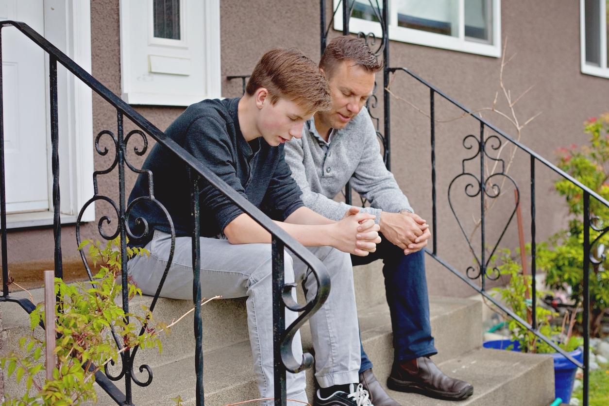 Тату, поговори з підлітком про куріння до першого запаху сигарет!