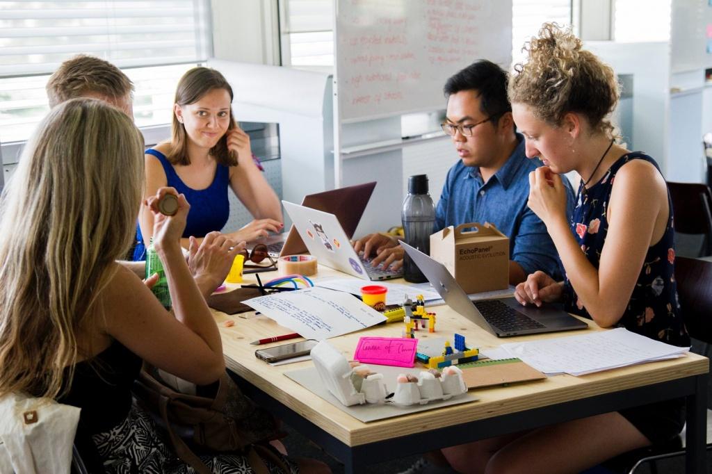 Вчення - світ: Безкоштовні онлайн-курси для підлітків