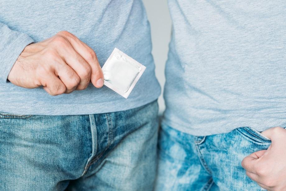 Как поговорить с сыном о контрацепции