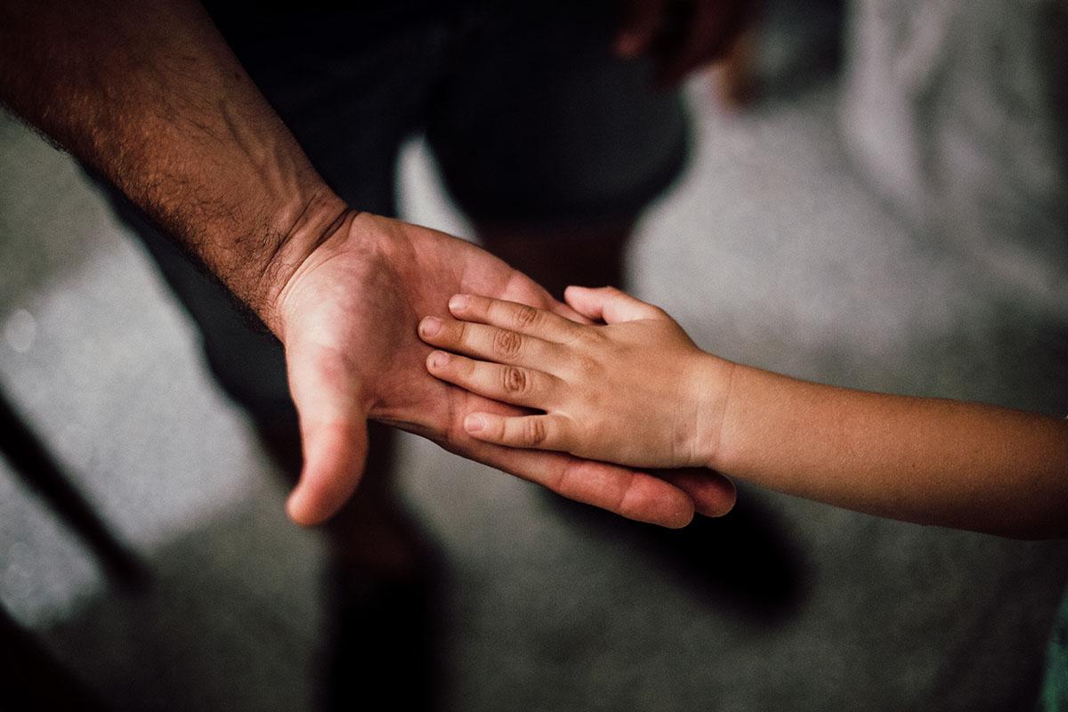 Занадто комунікабельний: вчимо дітей не розмовляти з незнайомцями