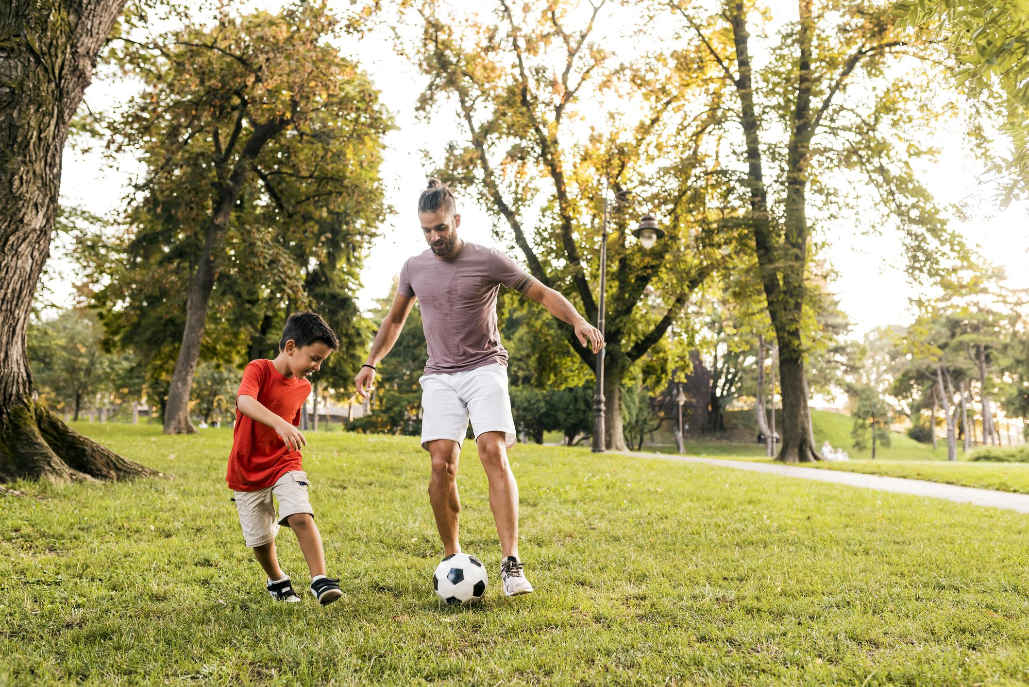 Виховуємо нового Мессі: поради татам, як виростити вправного футболіста