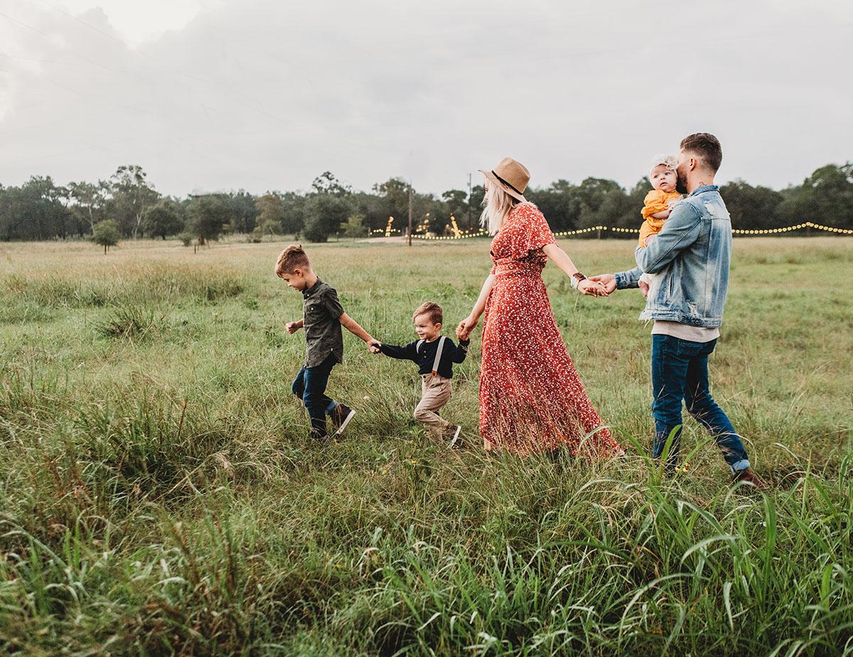 Мама работает, папа в декрете: счастливая семья, даже когда у каждого необычная роль