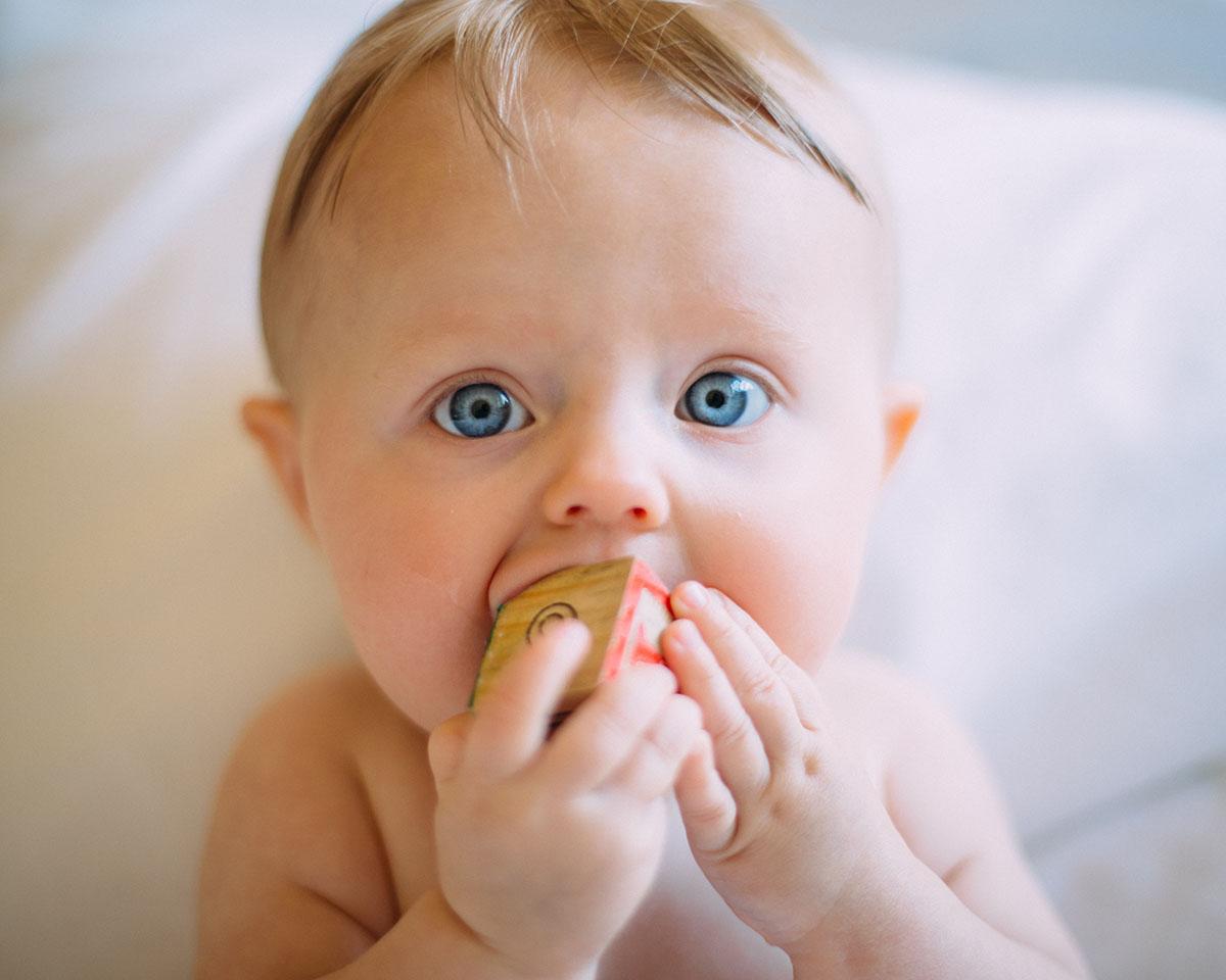 Режим дня малыша — как совместить с привычным ритмом жизни семьи?