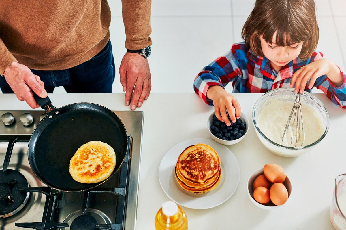 Лучшие рецепты блинов: готовимся к Масленице всей семьей