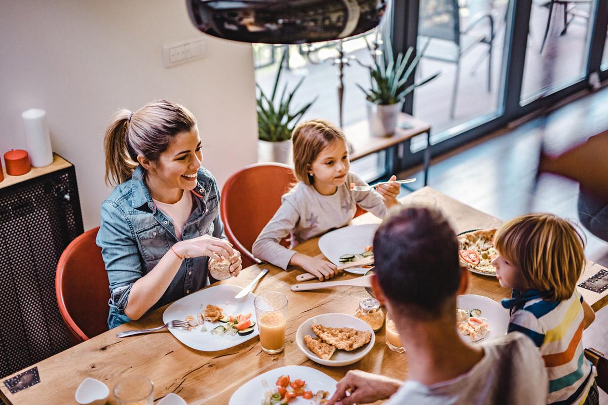 Счастье быть вместе: семейные ритуалы, которые делают нас счастливыми