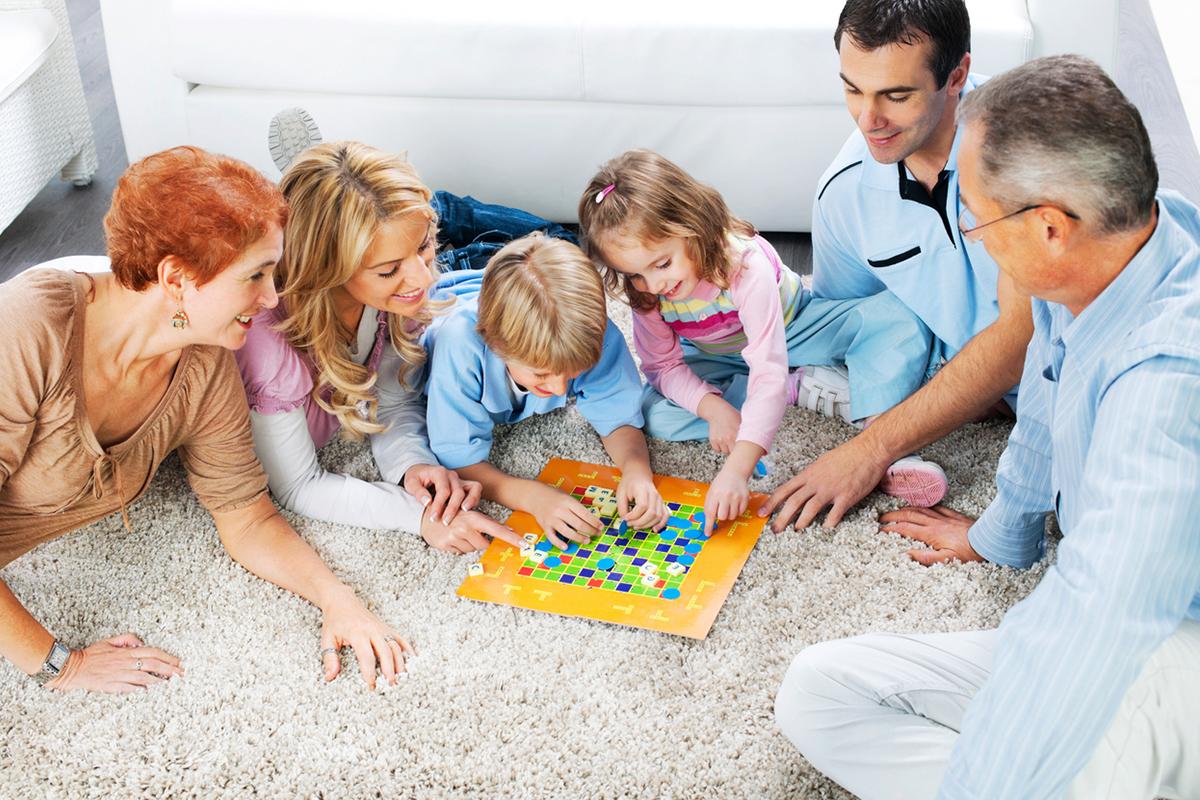 Настольные игры: развиваемся вместе с детьми